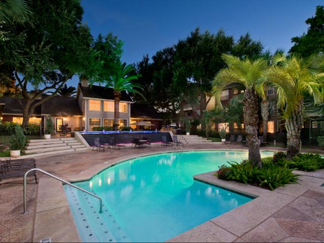 Pool at Listing #138924