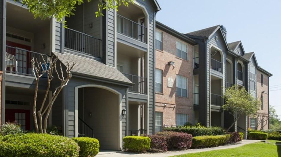 Stonewood Apartments