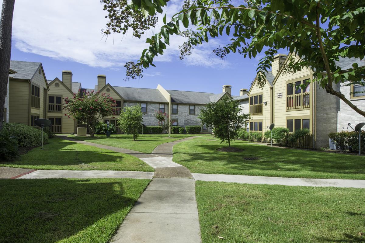Raintree Apartments Baytown TX