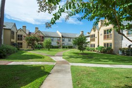 Raintree Apartments Baytown TX