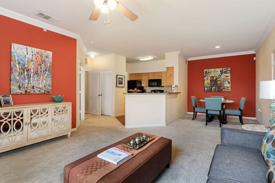 Living at Listing #137885