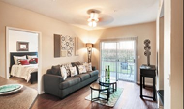 Living Room at Listing #141378