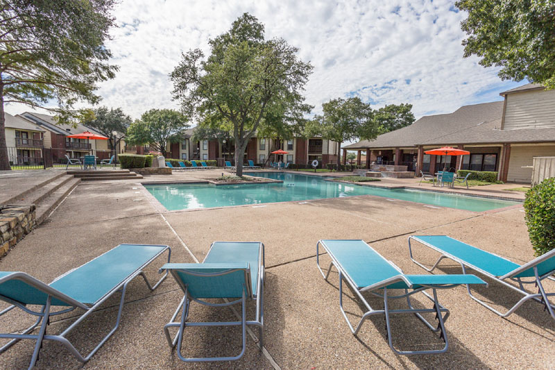 Pool at Listing #135948