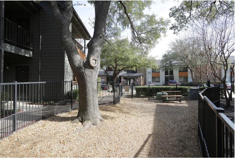 Dog Park at Listing #135892