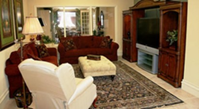Lounge at Listing #144566