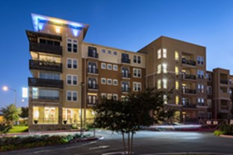 4000 Hulen Urban Apartment Homes at Listing #270401