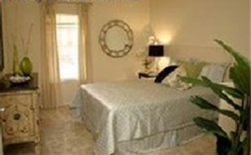 Bedroom at Listing #144691