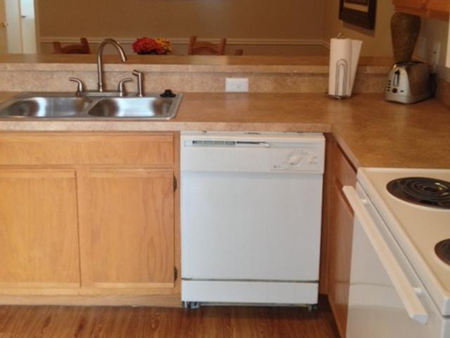 Kitchen at Listing #217443