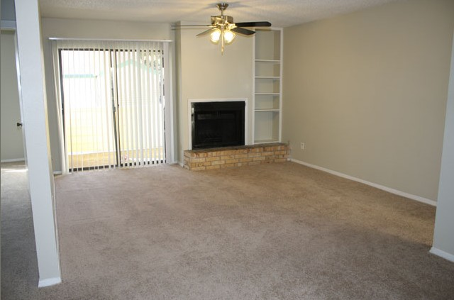 Living at Listing #140396