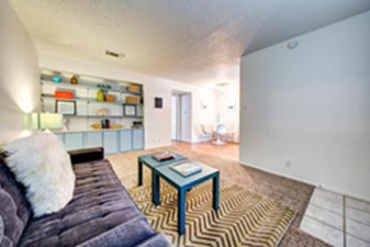 Living at Listing #140404