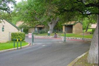 Entrance at Listing #140853