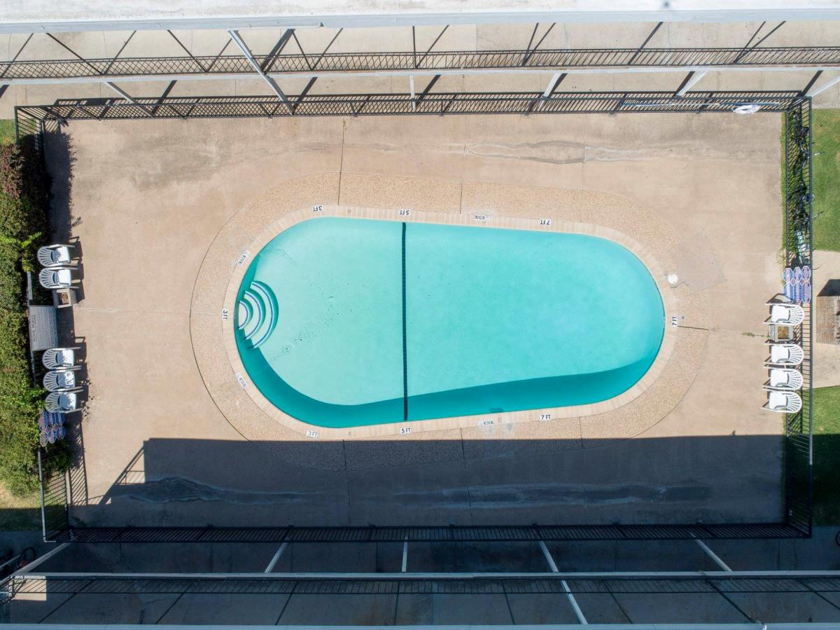 Pool at Listing #235511
