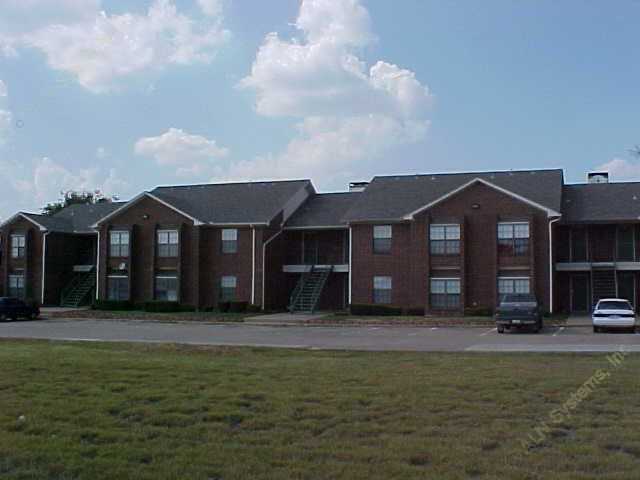 Exterior 5 at Listing #137793