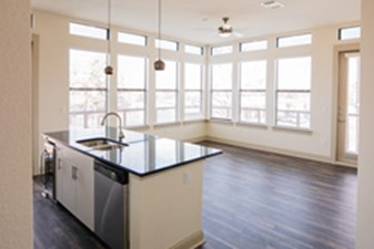 Living/Kitchen at Listing #293426