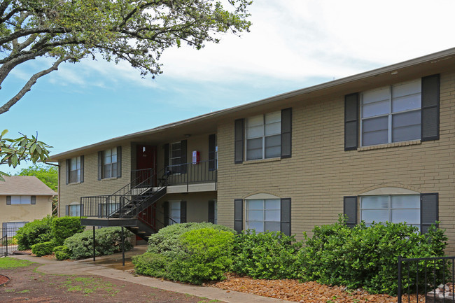 Oak Hills Village Apartments San Antonio TX