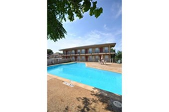 Pool at Listing #136451