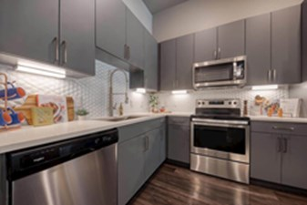 Kitchen at Listing #286383
