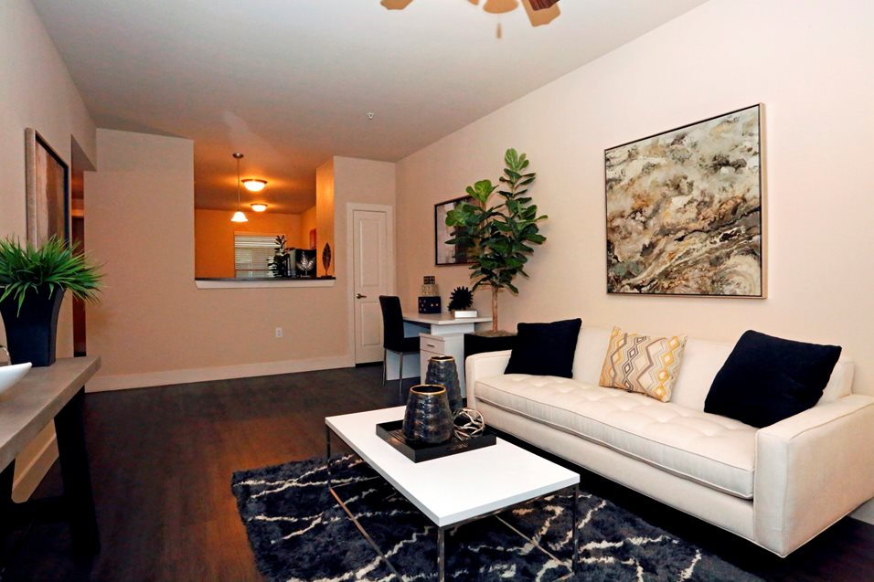 Living Room at Listing #226320