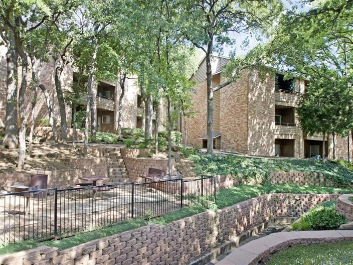Woodchase Apartments