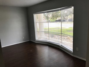 Living at Listing #135811