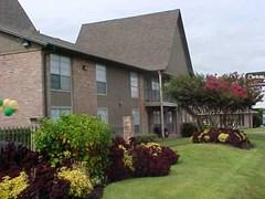 Steeplechase Apartments Alvin TX