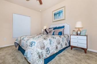 Bedroom at Listing #141297