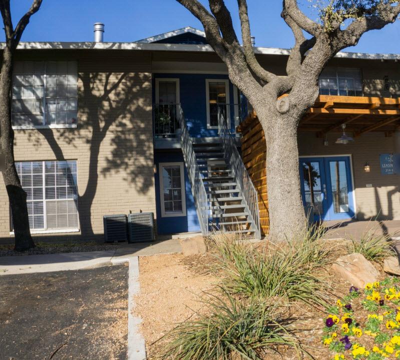 East Town Apartments Dallas TX