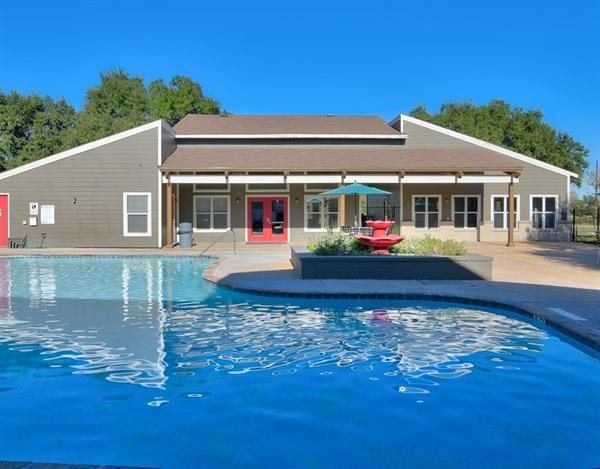 Pool at Listing #141185