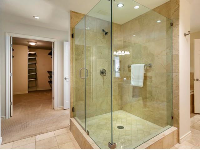 Bathroom at Listing #136613