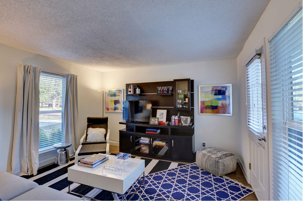 Living at Listing #135899