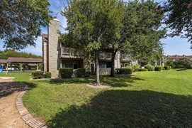 Bridgehead Apartments Austin TX