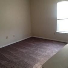 Bedroom at Listing #144069