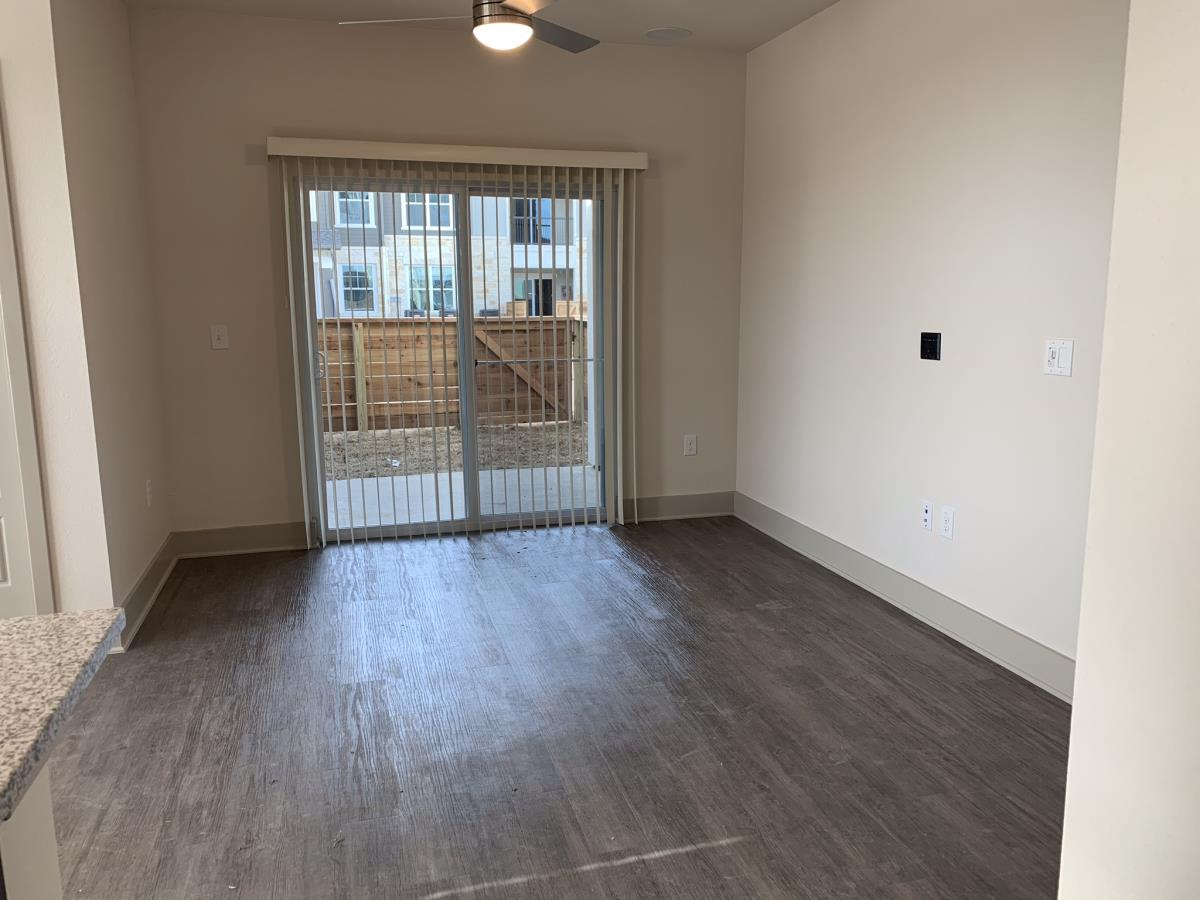 Living at Listing #296237