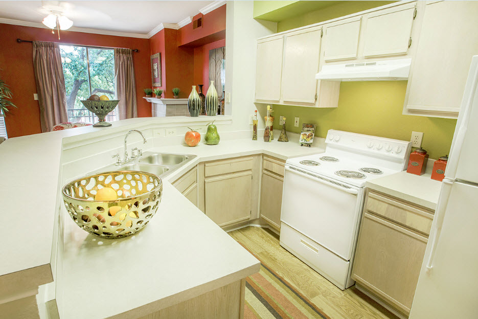 Kitchen at Listing #137573