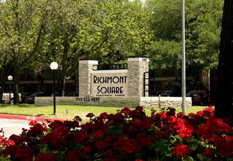 Richmont Square Closing Apartments