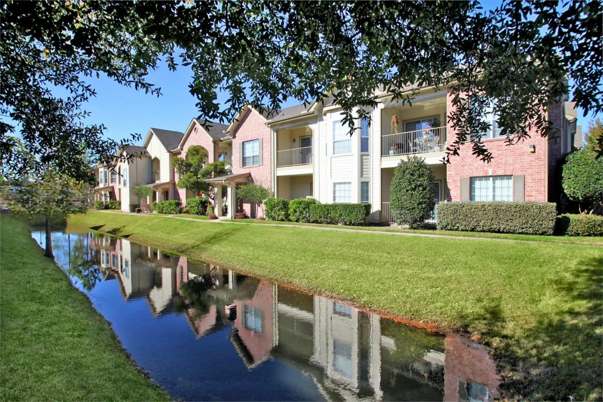 Bellagio Apartments Houston, TX