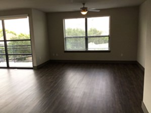 Living at Listing #253717