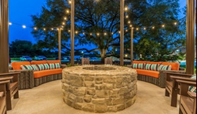 Fire Pit at Listing #294917