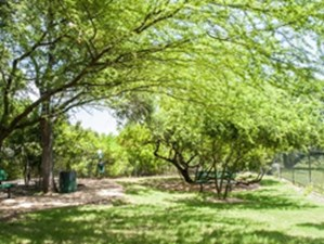 Courtyard at Listing #140863