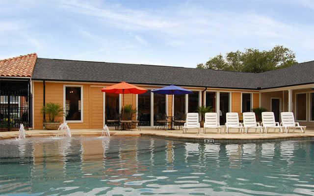 Pool at Listing #138575