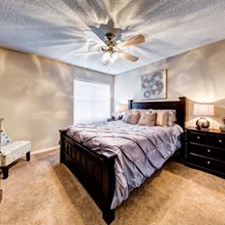 Bedroom at Listing #137025