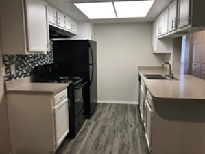 Kitchen at Listing #296991