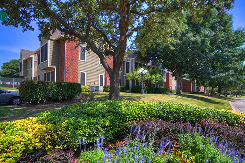 Highland Park Apartments