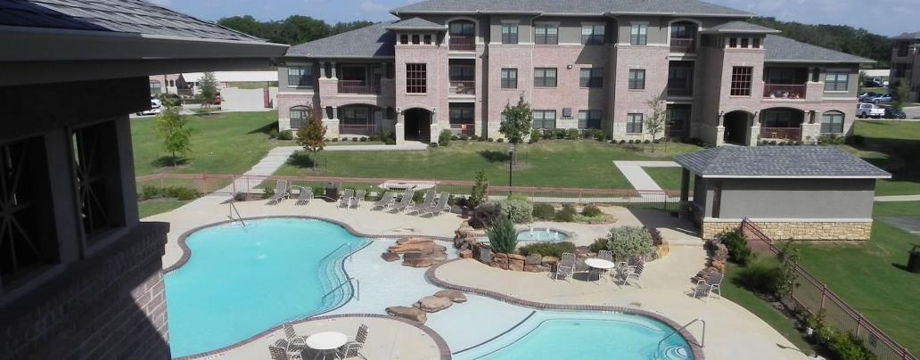 Pool at Listing #145119