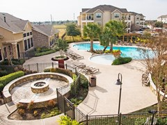 Lakeland Estates Apartments Stafford TX
