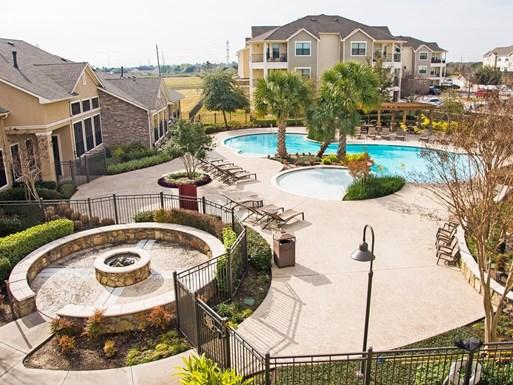 Lakeland Estates Apartments