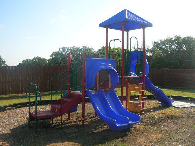 Playground at Listing #151634