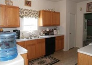 Kitchen at Listing #139063
