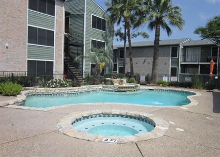 Pool at Listing #139968