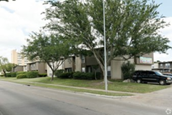 Exterior at Listing #139773